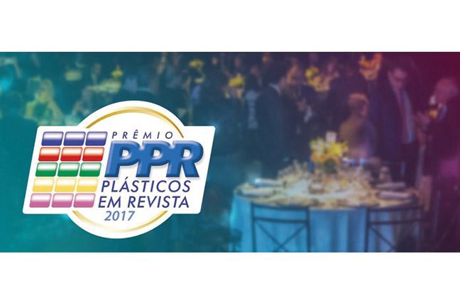Piramidal - Prêmio Plástico em Revista